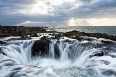 Into the Depths - Thor's Well, Oregon