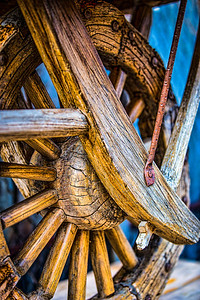 Wheel barrel wheel