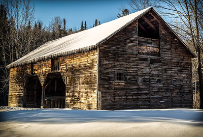 Large Barn in Wevertown, NY