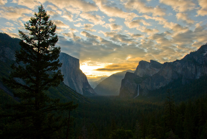 Sunrise over Yosemite Valley.