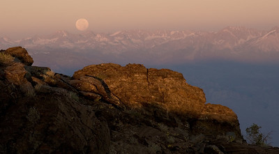 Full-moon set over the Sierras as viewed from the White Mountains