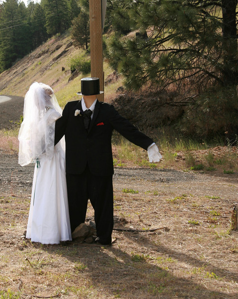 June Wedding ---All dressed up with no where to go!<br /> We found this couple on the side of the road, 200 miles east of Portland...there really is nothing out there so we found this pretty funny! In honor of all those getting married in June congrats, to our friends Marianne and Ma, celebrating their 61st wedding anniversary a Big Congrats & many more. Thanks for the comments yesterday!