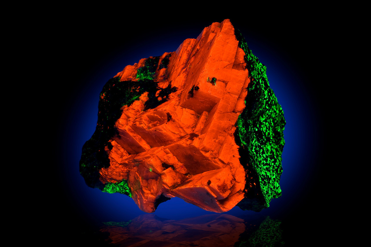 Calcite & Willemite in UV Light, Buckwheat Dump, Franklin, NJ