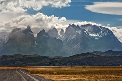 TDP 041  Torres del Paine, Cuernos, Towers