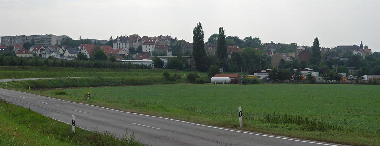 2005-09-10_06224 der lang ersehnte Blick auf die Tore von Zeitz (aus 2 Teilbildern - Detailansicht) the long awaited blick at the gates of Zeitz (panorama out of 2 pictures  - detailed view)