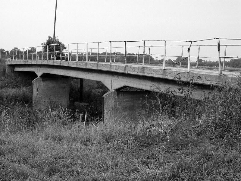 2005-09-10_06212 Brücken am Elsterradweg #2 Bridges at the Elsterradweg #2