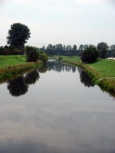 2005-09-10_06254 Weiße Elster kurz vor Gera - wird auch langsam mal Zeit Weiße Elster (river) shortly before Gera - it's about time