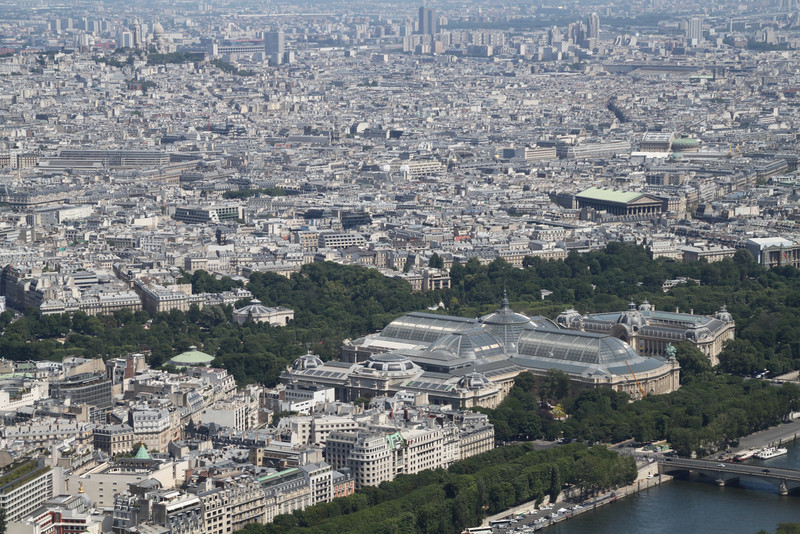 from 3rd: where is Sacré Coeur church ?