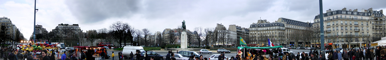 DAY 3 (continued) - Trocadero-Foch Statue...the first of many multi-shot panoramas I decide to take during my inaugural Paris adventure (stitched together in Photoshop, of course)