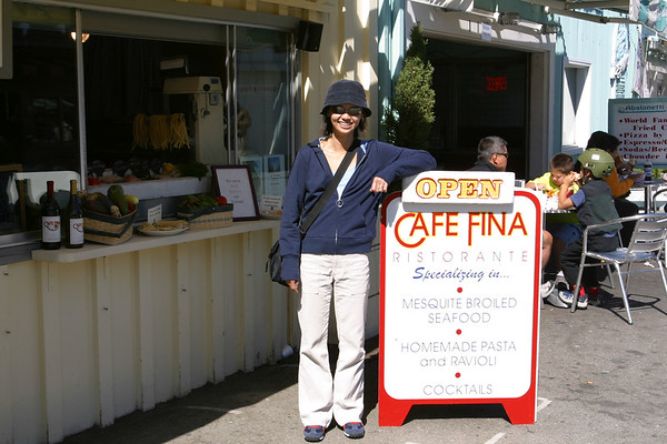 Upon recommendation, we stop for lunch at Cafe Fina