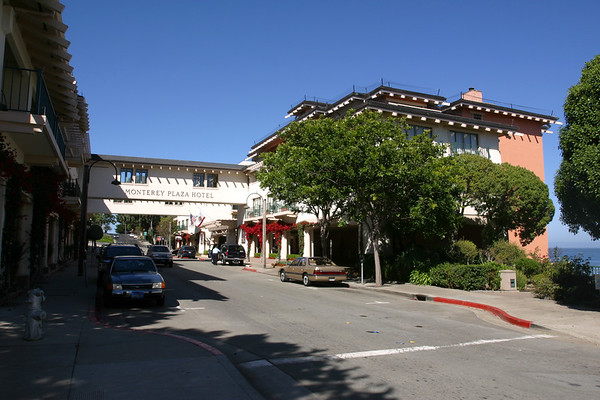 The Monterey Plaza Hotel looks like a nice place to stay