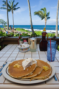 I get a seated at the perfect table overlooking the ocean.  Too bad Valerie is working this morning...she is missing out on the best pineapple-banana-mac nut pancakes!