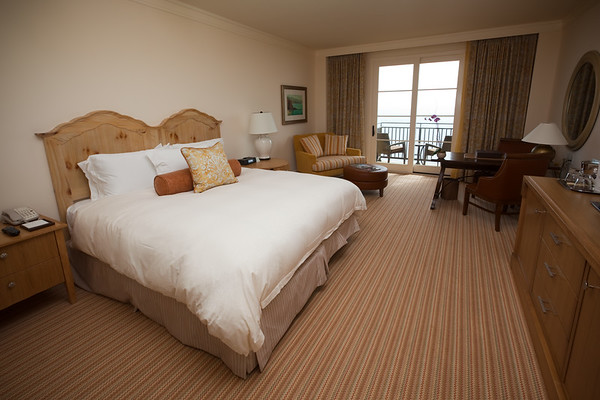 We actually have an ocean view room!  The bed is nice, but not as comfy as our Ritz-Carlton bed. =)