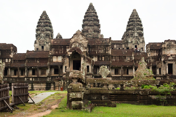 Angkor Wat's quincunx of towers are all within view from this spot