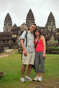 Eric and Valerie at Angkor Wat (Photo by Chen Sokhoeun)