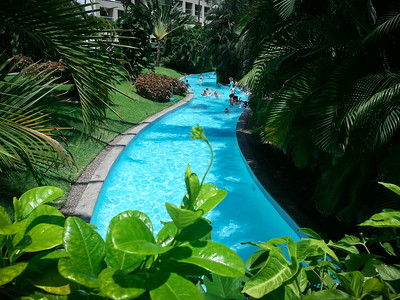 Today, the Durkacs' encourage the BFG to head over to The Grand Mayan...suggesting everyone might enjoy a swim in the Lazy River