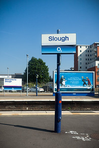To get to Windsor, we have to change trains at Slough
