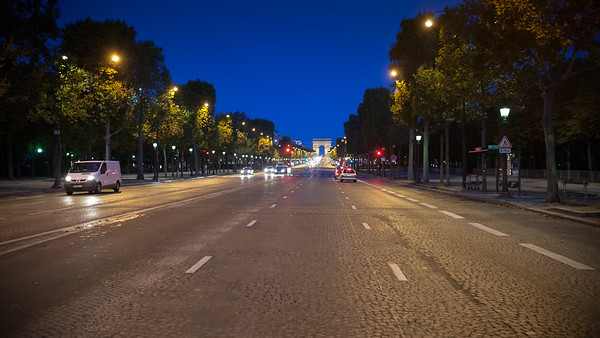 Valerie lines up, but I need to find a restroom.  I get a nice view of the Arc de Triomphe as I cross the Champs-Elysées