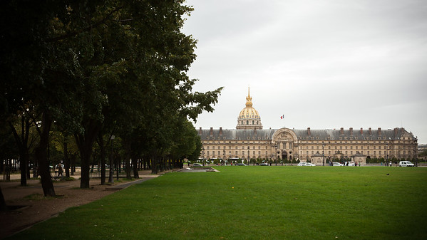From Assemblée Nationale, we walk along Rue de l'Université past Les Invalides