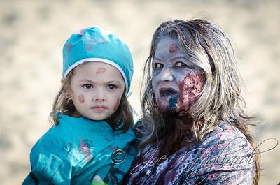 20131005-116-Zombie_Walk_Mike-412