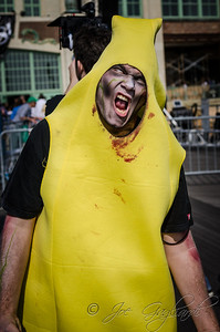 20131005-116-Zombie_Walk_Mike-45