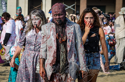 20131005-116-Zombie_Walk_Mike-299