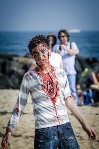 20131005-116-Zombie_Walk_Mike-174
