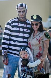 20131005-116-Zombie_Walk_Mike-302