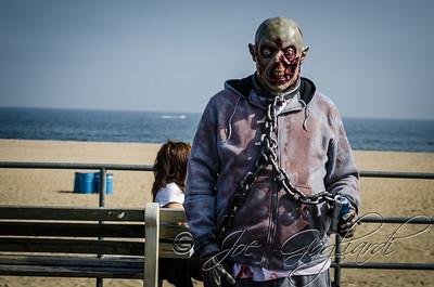 20131005-116-Zombie_Walk_Mike-18