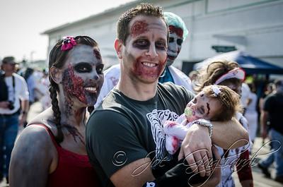 20131005-116-Zombie_Walk_Mike-20