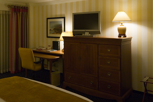 The rooms have changed since we stayed here post-NSXPO 2003.  Unfortunately, the widescreen LCD TV is lmited to analog channels in annoying stretch-o-vision...with no options for overriding the incorrect aspect ratio.  I need to write a strongly worded letter about this!