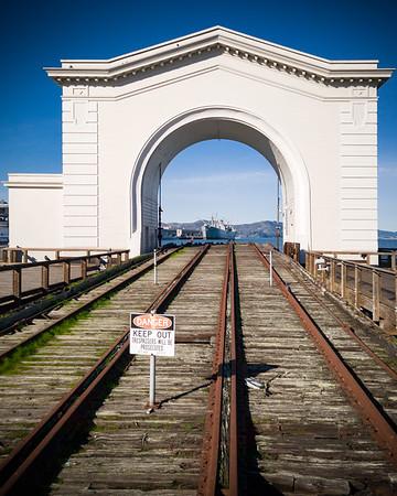 Pier 43 Arch