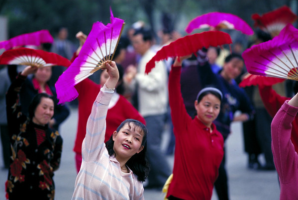 CHINA<br /> Photographs by  photo instructor Cliff Grassmick of the Spring 1997 Semester at Sea  voyage around the world.
