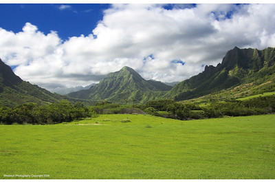 Kualoa Ranch Scene - This area has been filmed in many movies including Pearl Harbor, and the TV series Lost.
