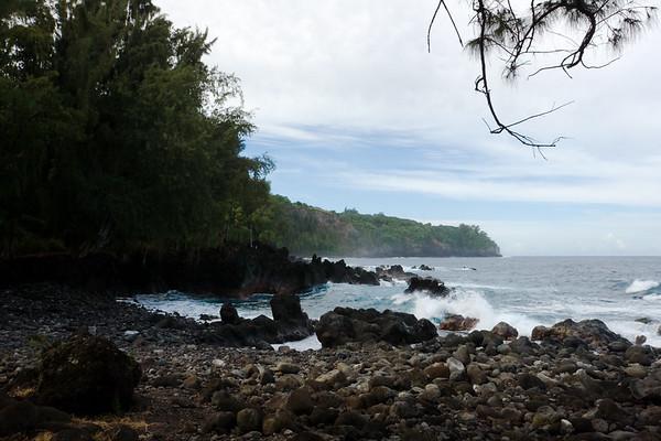 We drive southeast along the Hamakua Coast until we reach Laupahoehoe Beach Park