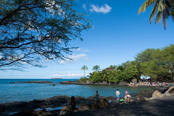 As I start back towards Kihei, I drive by a bay that seems popular for snorkeling