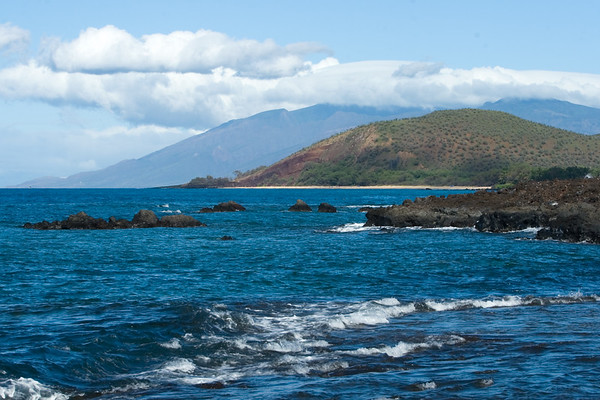 From a bay near the southern tip of Maui to the West Maui Mountains