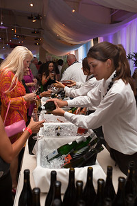 The wine flows at Sparkling Wines from Around the World