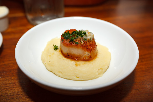 Seared Sea Scallop with Yukon Gold mashed potatoes and gremolata butter is a disappointment...and not just because the serving is just a single (and somewhat small) scallop.  $14 for this?