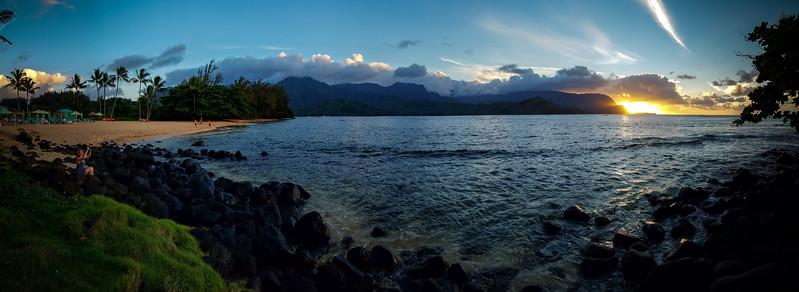 Hanalei Bay / Puu Poa Beach Sunset Panorama