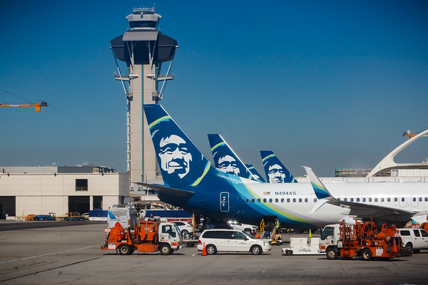 I ask again, am I the only one who finds it strange that we're flying from LAX on Alaska Airlines to Hawaii?