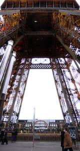 Eiffel Tower - tiltorama from 2nd deck (photomerge)
