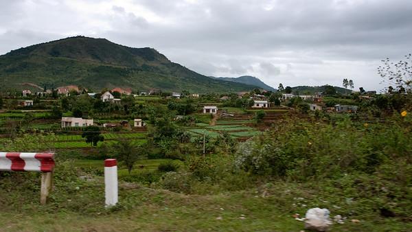 Somewhere between Da Nhim and Da Lat