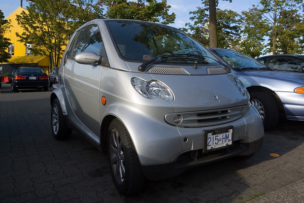 Smart forTwo seems popular in Canada...perhaps not as much as in Europe, but moreso in the U.S. Of course, it doesn't officially come to the States until 2008.