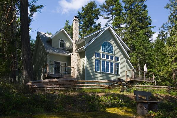 Sage Cottage B&B's backyard