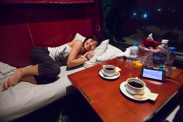 DAY 07 - Aboard the Victoria Express, they do not simply knock to make sure we are awake prior to arriving in Hà Nội...they also serve coffee!