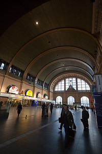 Hanno and I head over to Frankfurt Central Station...