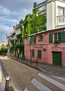 DAY 10 - I run up Rue de l'Abreuvoir past La Maison Rose in Montmartre