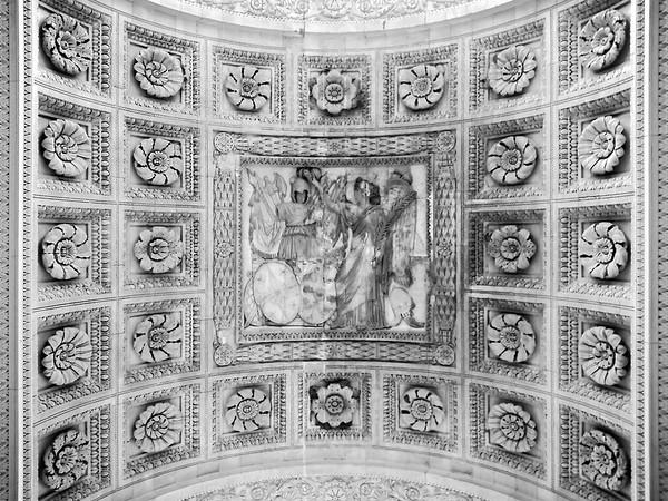 Under Arc de Triomphe du Carrousel
