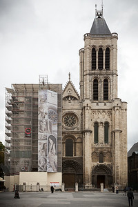 Maximilien strongly feels we should see Basilique Saint-Denis...a church not often on the radar of tourists due to its location
